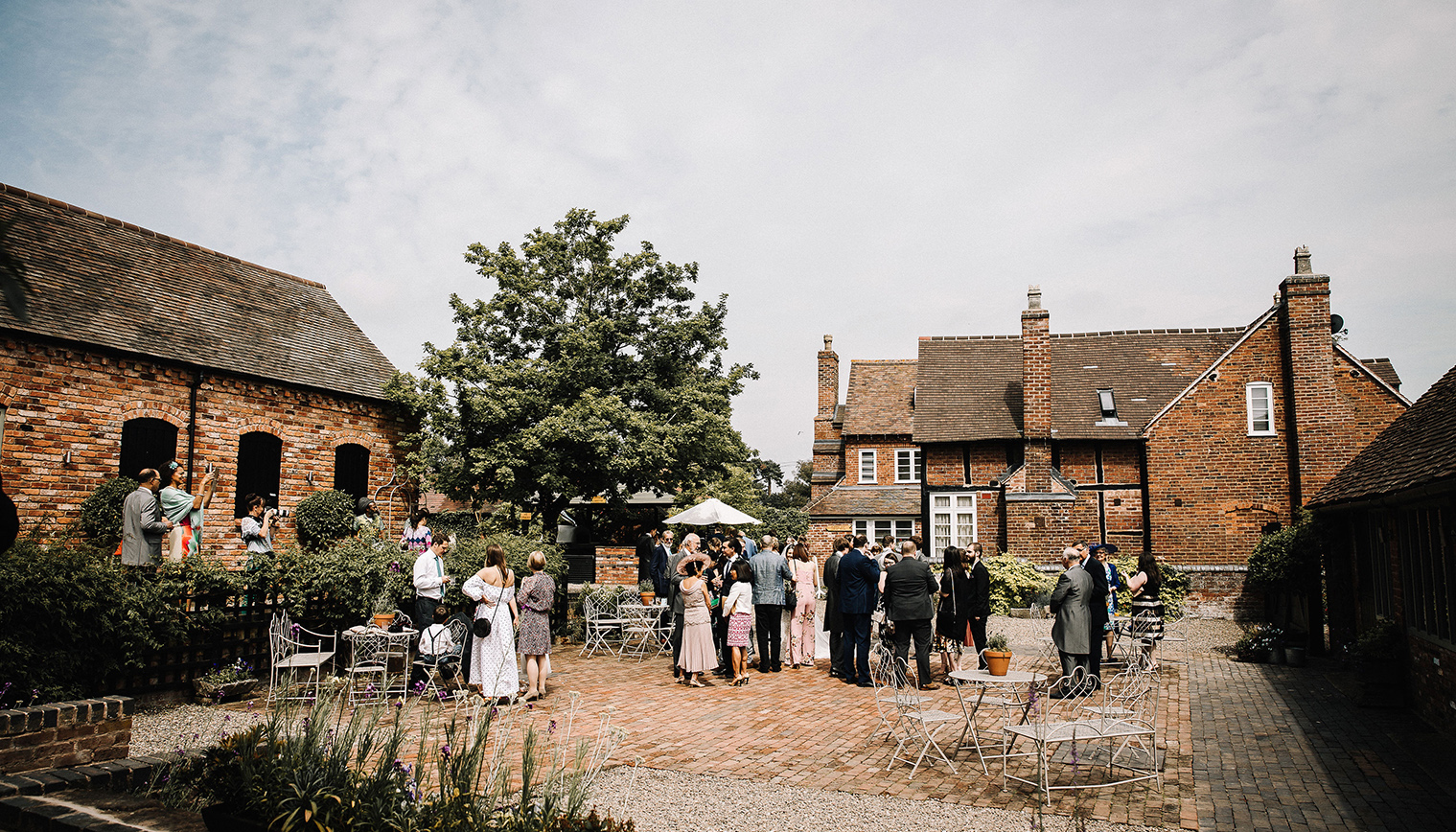Curradine Barns in Worcestershire is the perfect place to host an outdoor wedding